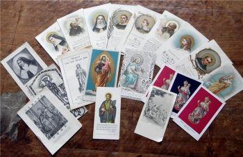 20 Andachtsbildchen / Heiligenbildchen aus Klosterbibliothek ca