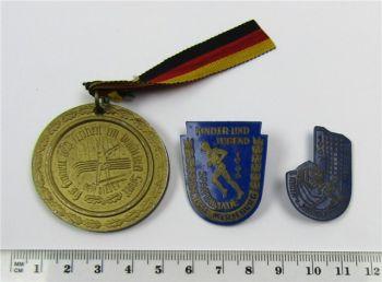 Posten DDR Abzeichen Medaille Spartakiade DTSB Merseburg 1957 - 1967