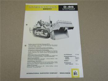 Prospekt IHC International D-85 Laderaupe mit 4 in 1 Schaufel